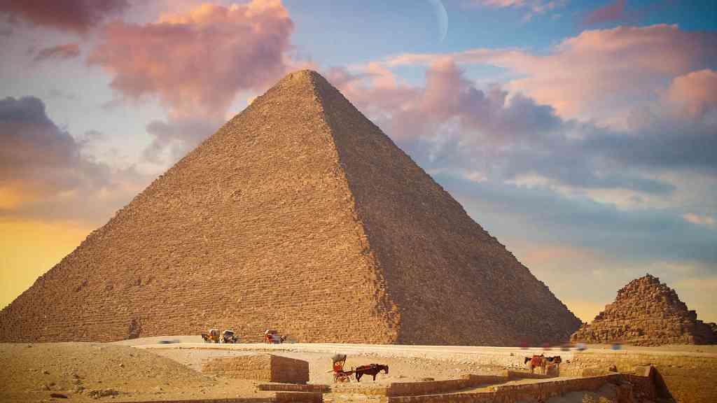 Partes De Una Piramide